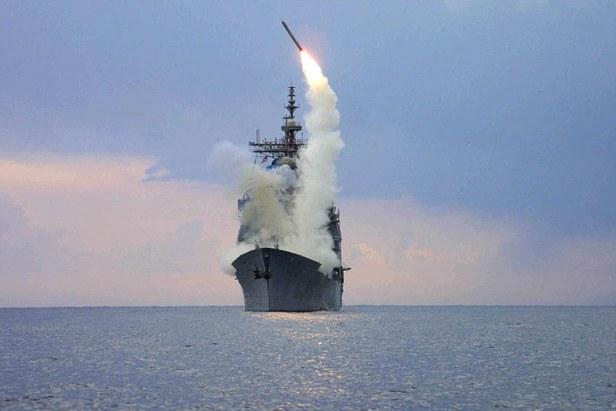 USS_Cape_St_George_tomahawks_Syria