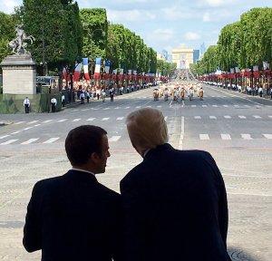 Trump Macron Défilé